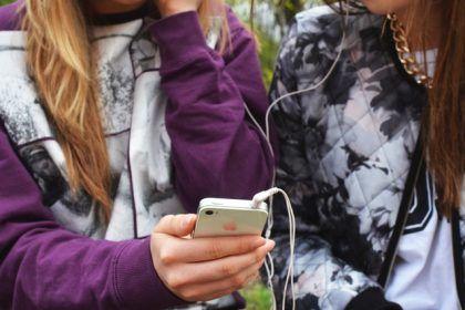¿Sabes cómo proteger a tu hijo/a del ciberbullying?