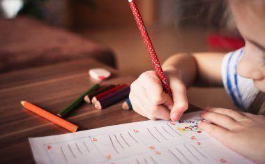 Cómo saber si tu hijo está sufriendo acoso escolar y cómo proceder